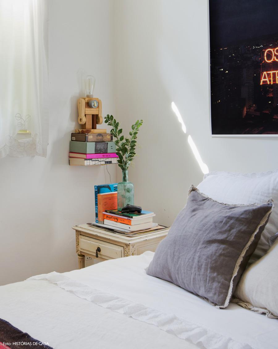 44-decoracao-quarto-casal-criado-mudo-vintage