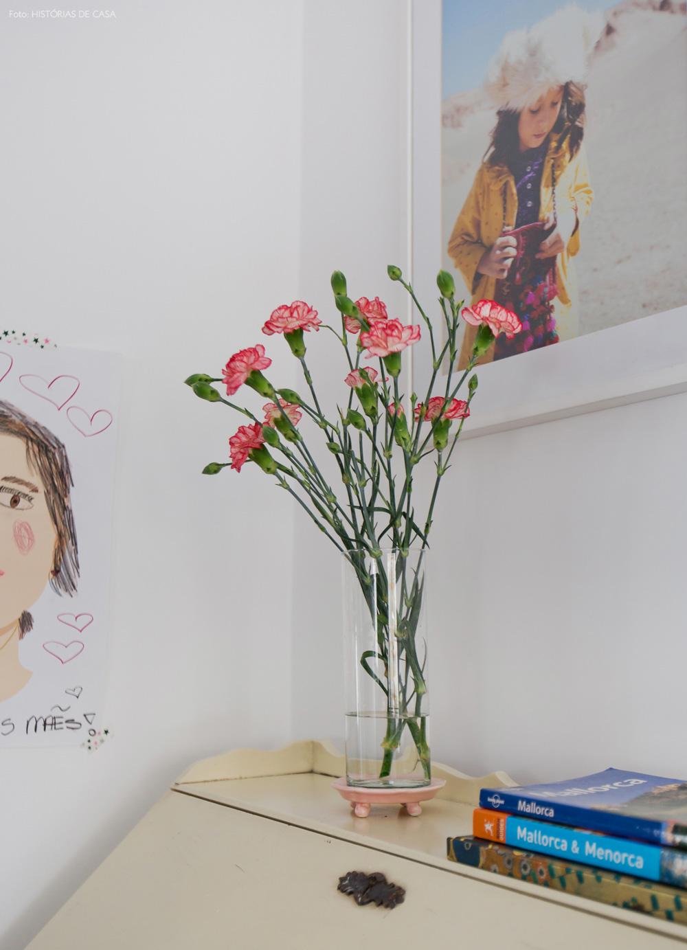 35-decoracao-quarto-casal-escrivaninha-antiga-moveis-vintage
