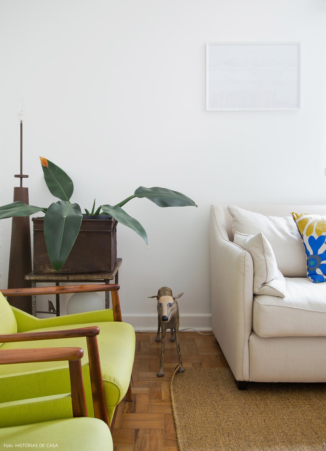 11-decoracao-sala-estar-poltronas-vintage-restauradas