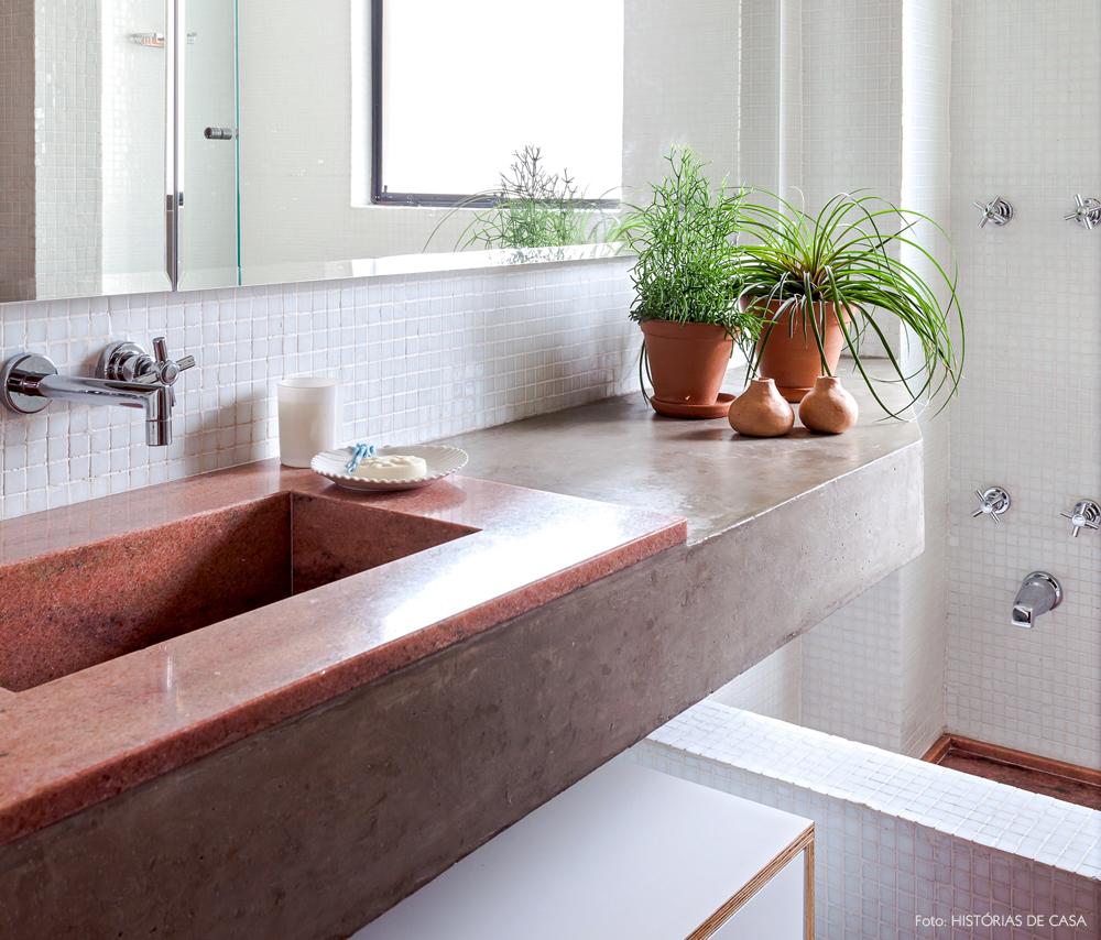 18-decoracao-reforma-banheiro-cuba-de-marmore-rosa