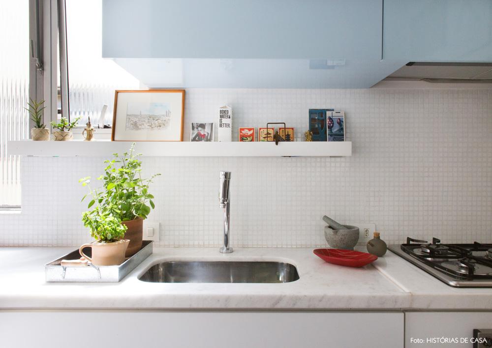 19-decoracao-cozinha-pastilha-branca-reforma-laca-azul