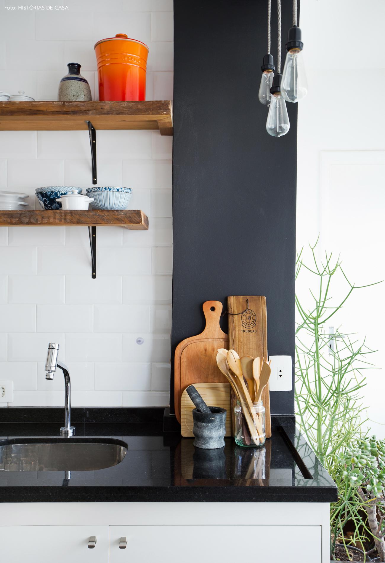 28-decoracao-cozinha-aberta-madeira-demolicao-subway-tiles