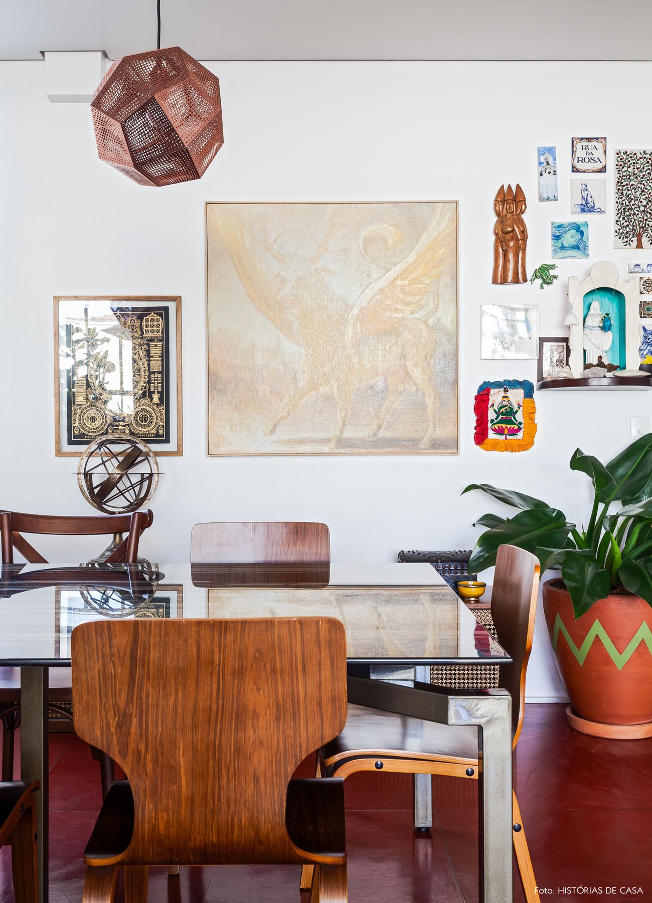 19-decoracao-apartamento-sala-de-jantar-parede-de-quadros