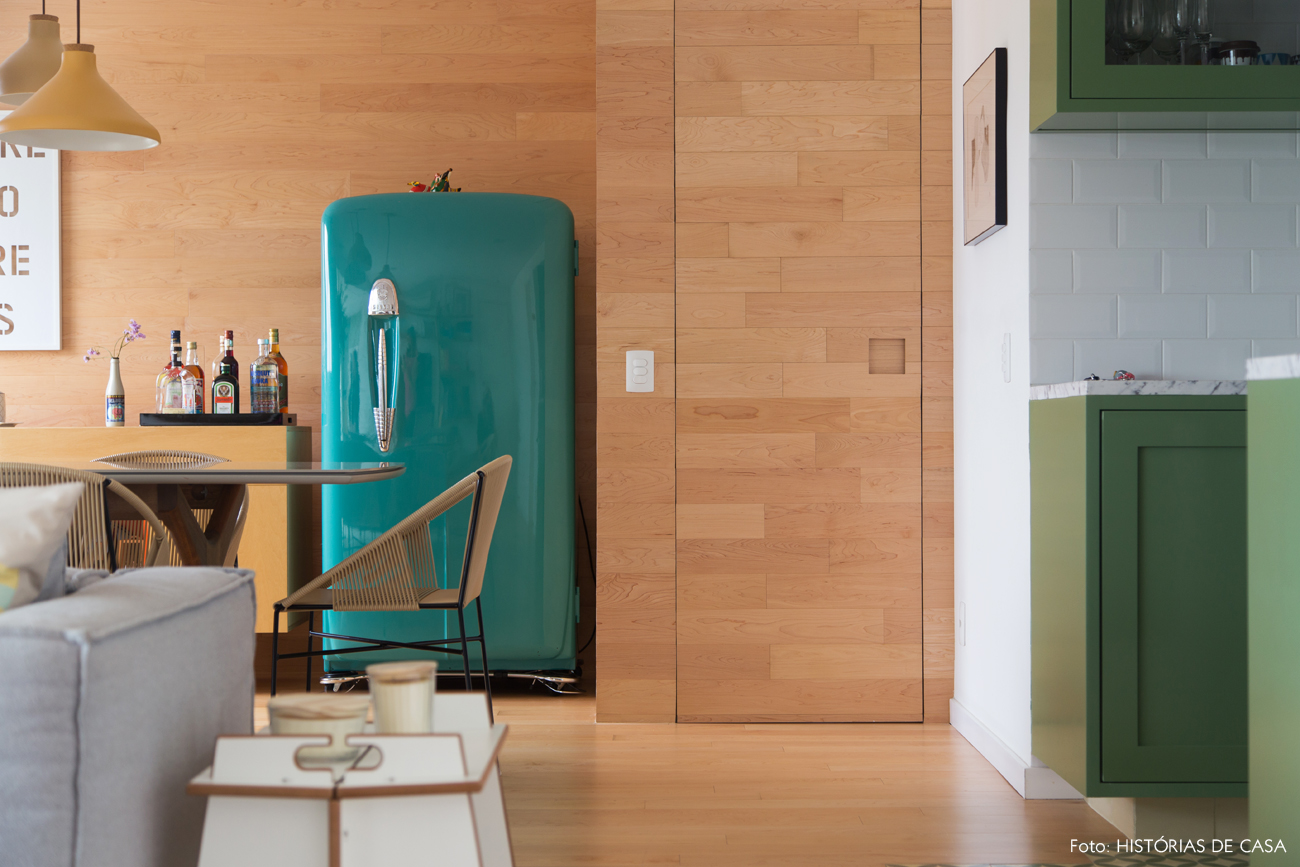 21-decoracao-apartamento-sala-de-jantar-geladeira-vintage
