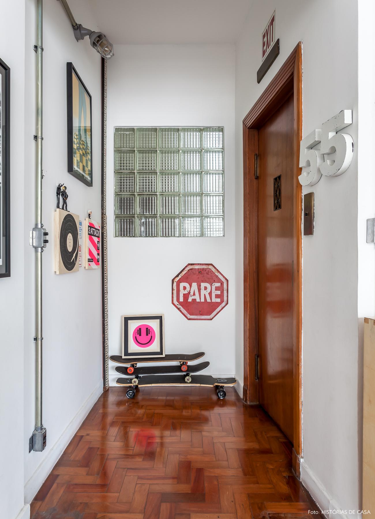 01-decoracao-apartamento-julia-morelli-quadros-hall