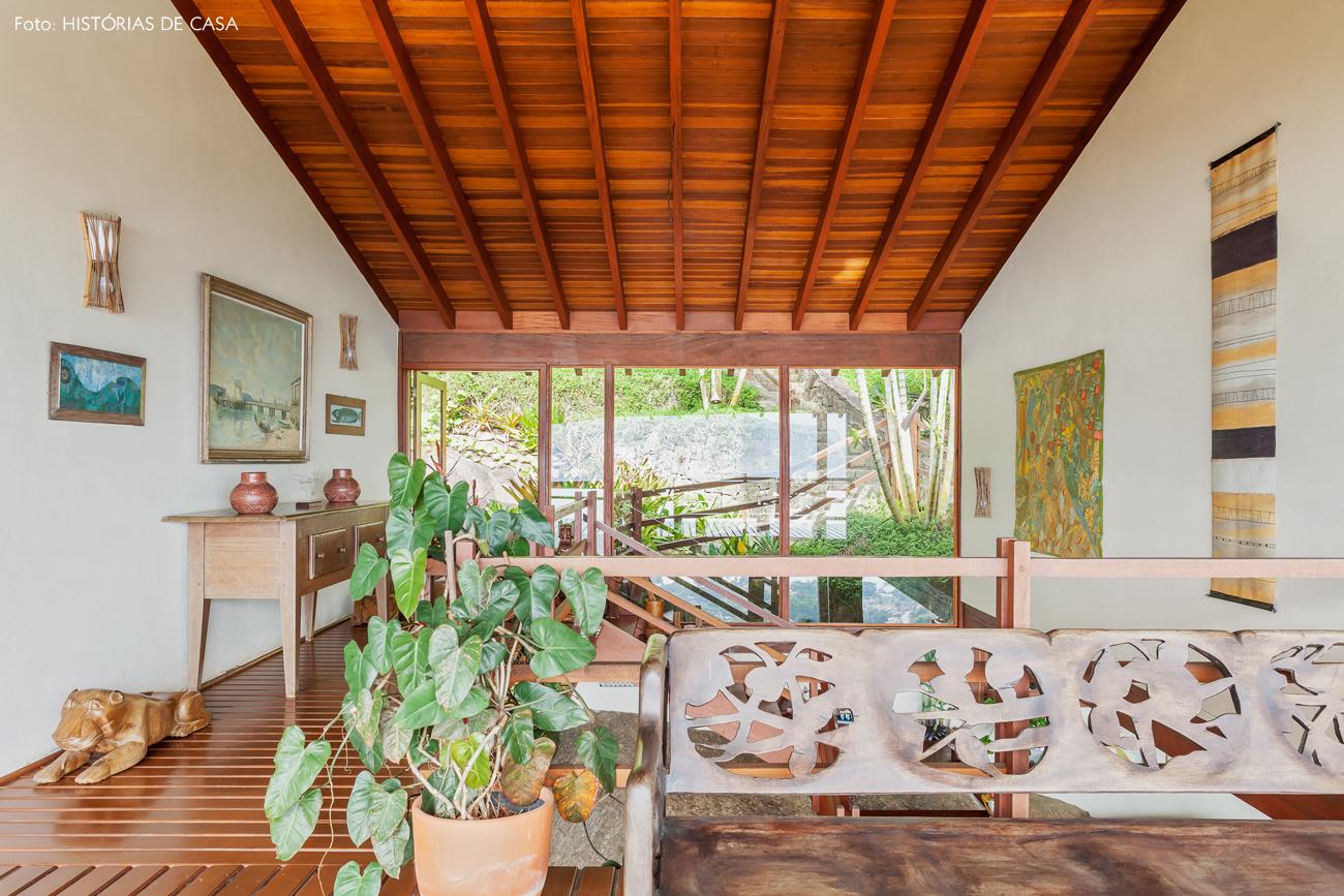 20-decoracao-casa-de-praia-de-madeira-escada-jardim