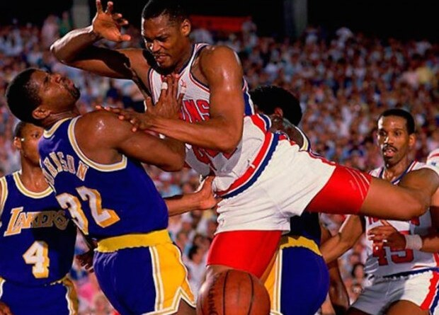 Rick Mahorn vs Magic
