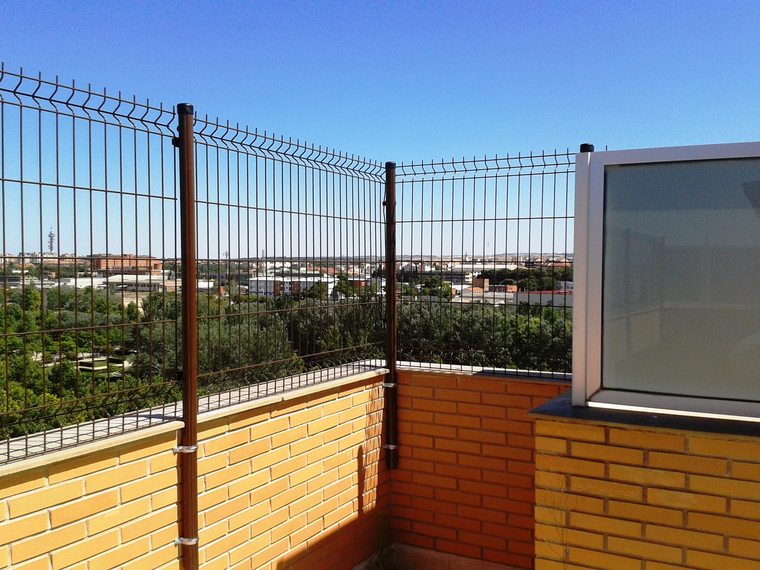 5 formas de colocar de postes de valla - Vallas para muros ...