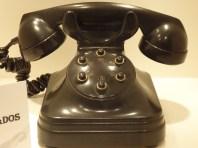Teléfono Sobremesa SESA para intercomunicación con seis extensiones. Detalle