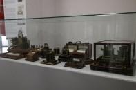 Vitrina de aparatos de Telegrafía