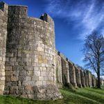 Breve resumen de elementos arquitectónicos de la muralla medieval