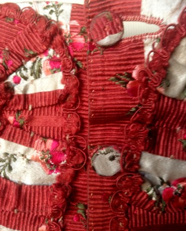 Button Detail, 1770s sackback dress, 'Gorgeous Georgians' exhibition at Berrington Hall 2014, Charles Paget Wade Collection,