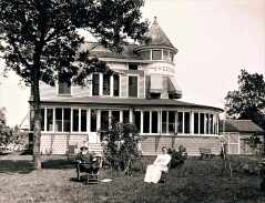 1896 Sweetbriar Farm was the home of Sylvanus & Mary Mallett. Located at 1020 Sport Hill Road the house was built in 1889.