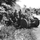 Soldiers with PAK37 on the Western front May 1940.