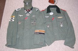 Johann Matthias Hönscheid (the only Kriegsberichter to win the RK) and that modified M44 tunic of that smiling Leutnnant. Both have resurfaced collars. Order Catalog for http://soldat.com/ or Soldat FHQ on Facebook.