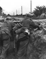 German machine gun MG-34 in position at Stalingrad.