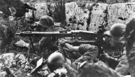 Soldaten on the front of Italy in 1944.
