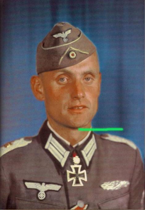 Heinz-Georg Lemm after receiving Eichenlaub.
