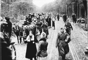 German refugees from East Prussia, February 1945.