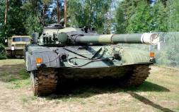 Finnish T-72-M1, Ps 284-202, on display at the Parola Tank Museum - Finland.
