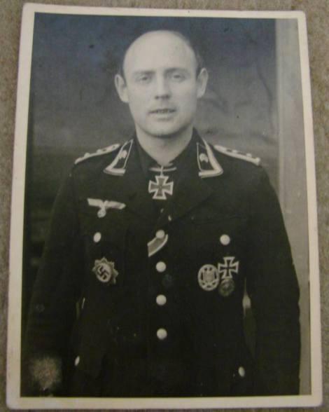 Oberfeldwebel Walter Rappholz.