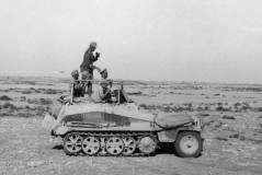 North Africa, Rommel in Sd.Kfz. 250/3.