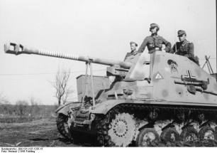 """The famous Marder II """"coal thief"""" -recognizable by the cartoon painted on both sides- on the Eastern Front in 1943. The ring markings on the barrel indicate 19 claimed kills for the vehicle."""
