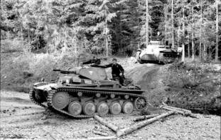 Panzer II on Western front May 1940 (Panzer I to the rear).