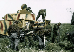 Loading ammo into a PzIV.