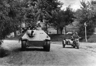 Jagdpanzer 38(t) of 8th SS Cavalry Division Florian Geyer, Hungary, 1944.