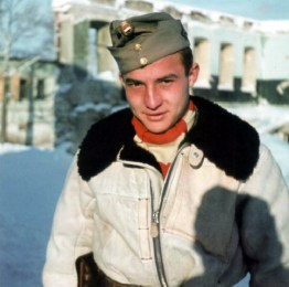 Young officer candidat Gynes from Squadron 5/1 at Russian front.