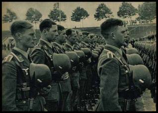 Luftwaffe men.