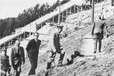 Hitler's visit in 1938, in Hirschbach in the Hersbruck Switzerland , part model of the German Stadium . Behind Hitler Albert Speer and end Liebel.