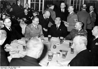 Hierl, on the right, with Alfred Rosenberg and Hans Frank at a diplomatic reception, Berlin, February 1939.