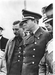 Franz Xaver Dorsch (left) with Albert Speer (right), November 1942.