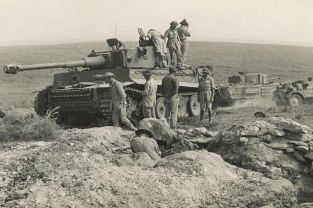 Tiger 131 just after it was captured by the British.