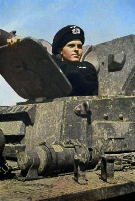 Early war photo of German Panzerkampfwagen IV Ausf.C or D (Sd.Kfz. 161) driver wearing the beret-type Schutzmütze (protective cap).