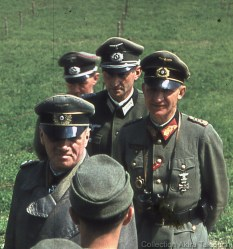 Generaloberst Hans von Salmuth and Generalleutnant Sigfrid Macholz (Commander of 49. Infanterie-Division, part of LXXXII Corp).