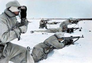 German soldaten from 1st Ski Division (1. Skijäger-Division) armed with StG 44's in Pripyat, Ukraine.