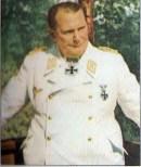 Hermann Göring in white tunic.