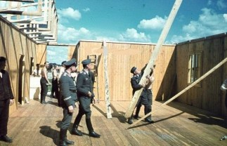 Luftwaffe building the house in Warsaw.