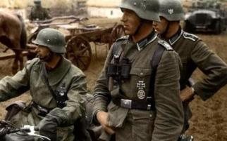 Ukraine 1941- Grossdeutschland Panzer grenadiers. The best trained and equipped German troops, but horrendous casualty rate, as always at the worst part of the eastern front.