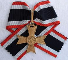 War Merit Cross Gold without swords.