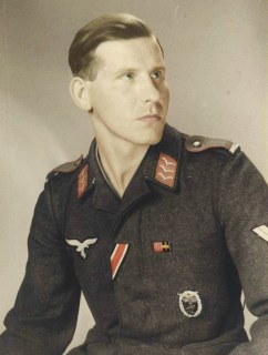 Luftwaffe Flak mann with Ground Assault Badge.