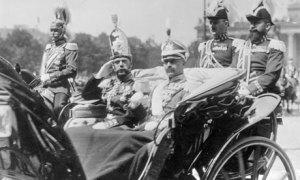 Kaiser Wilhelm and Tsar Nicholas II circa 1913