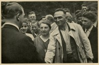 Germany Awakes. Group #32. Picture #159: Workers greet the Führer.