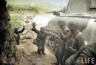 Surrendering soldaten.