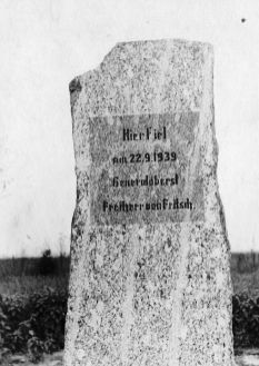 Commemorative stone placed by Germans in the spot where Fritsch died. It was destroyed in 1944 during the Warsaw Uprising.