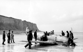 Marseille claimed his 7th aerial victory on 28 September 1940 but had to crash land near Théville due to engine failure. Bf 109 E-7.