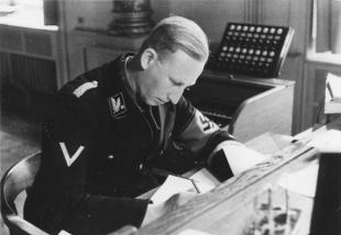SS-Brigadeführer Heydrich, head of the Bavarian police and SD, in Munich, 1934.